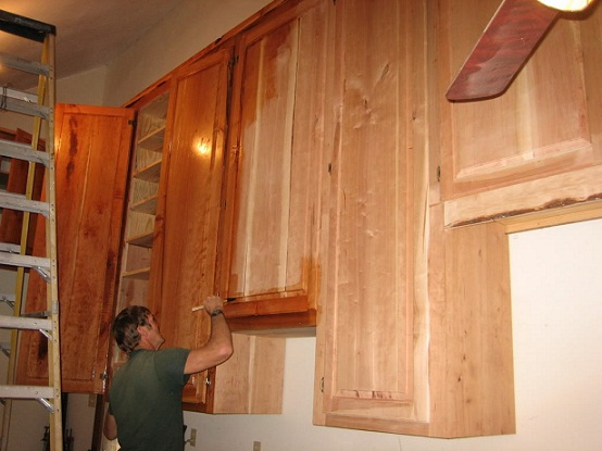 Looking For Step By Step Instructions To Refinish Wood Cabinets By