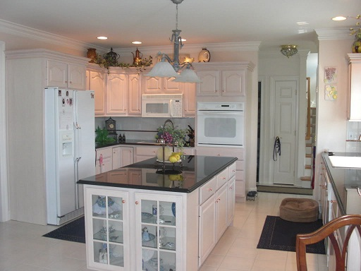 Choosing Kitchen Cabinets & Cabinet Decorative Hardware: Kitchen